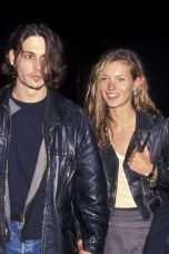 54ab506005a73_-_elle-kate-moss-johnny-depp-feb-1994-xln-36315098-xln
