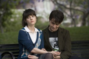 500-days-of-summer-zooey-not-interested